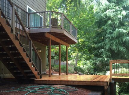 Image of a deck built by Deck Brothers